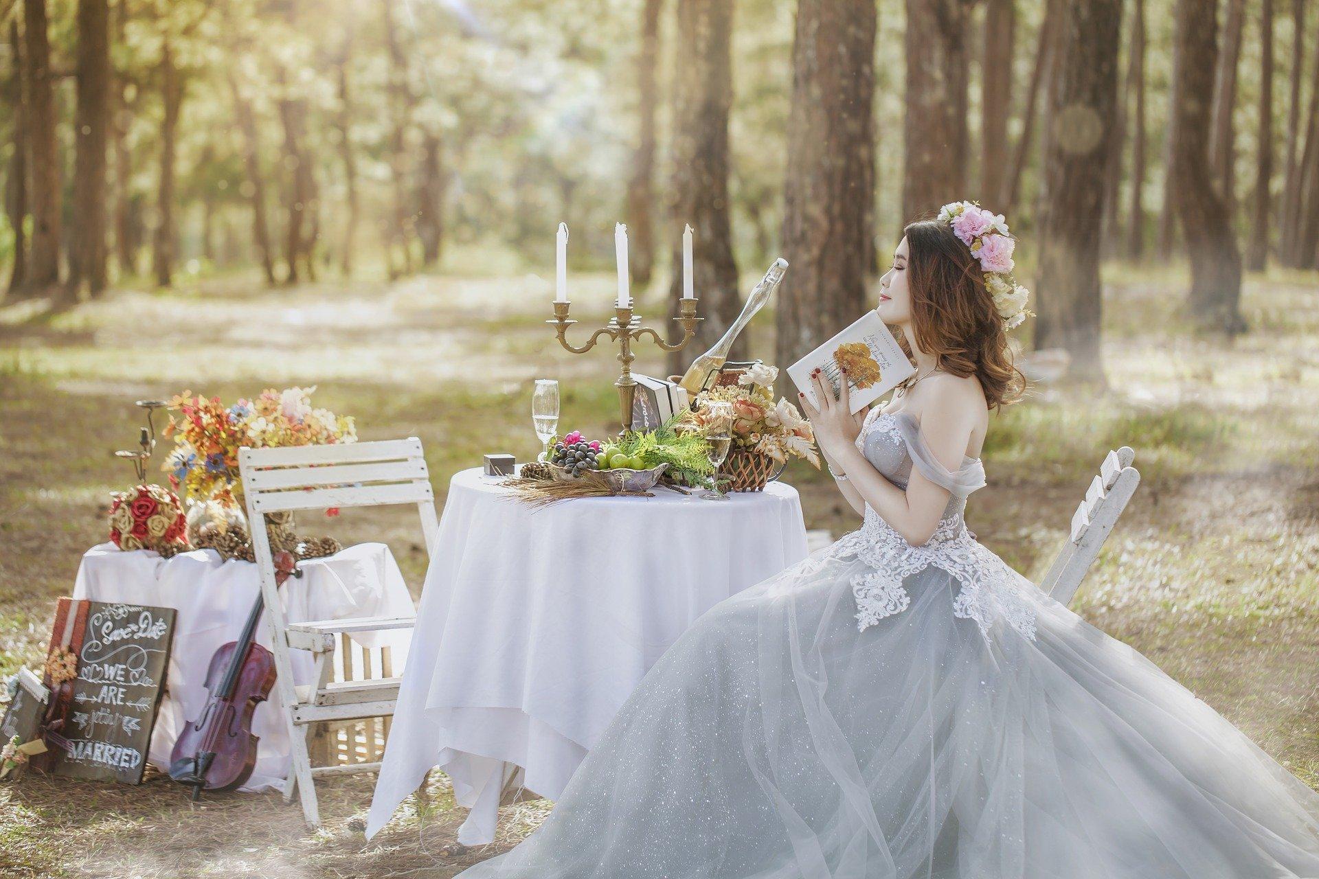outdoor wedding dress alterations