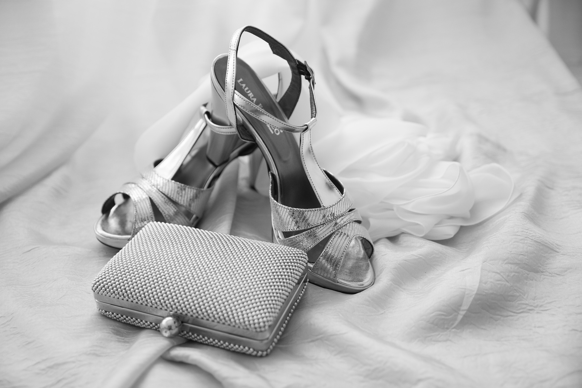 Tips for accessorising on your wedding day